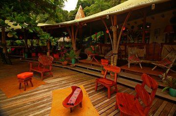 Rainforest_restaurant_costa_rica