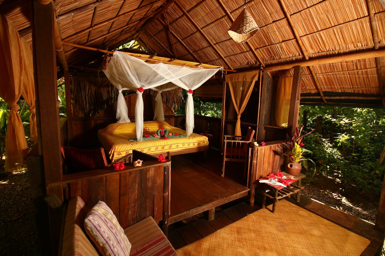 Cabin_Corcovado_rainforest_costa_rica